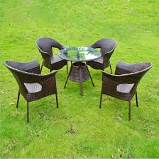 Picking the Right Material for Garden Furniture